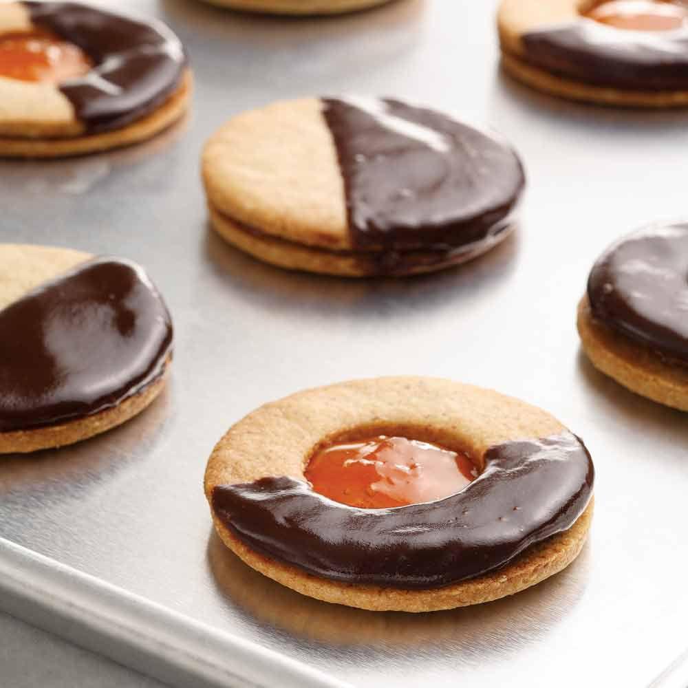 Apricot-Almond Sandwich Cookies