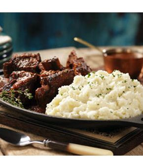 Braised Short Ribs with Roasted Garlic Horseradish Mashed Potatoes