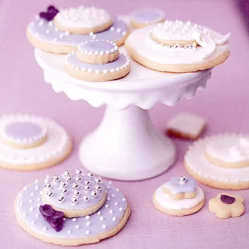 Easter Bonnet Shortbread Cookies