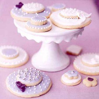 Easter Bonnet Shortbread Cookies