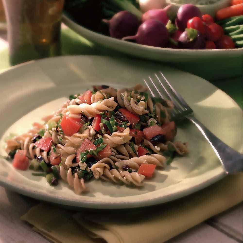 "Fusilli with Garden-Fresh Tomato ""Sauce"""