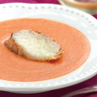 Creamy Tomato Bisque with Mozzarella Crostini