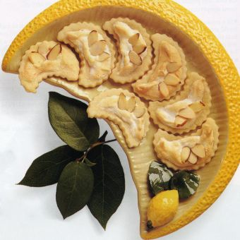 Meringue-topped Lemon Thins