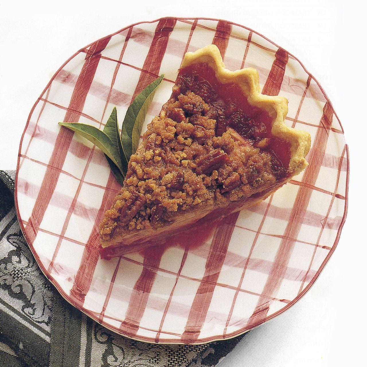 Crumb-Topped Apple-Raspberry Pie