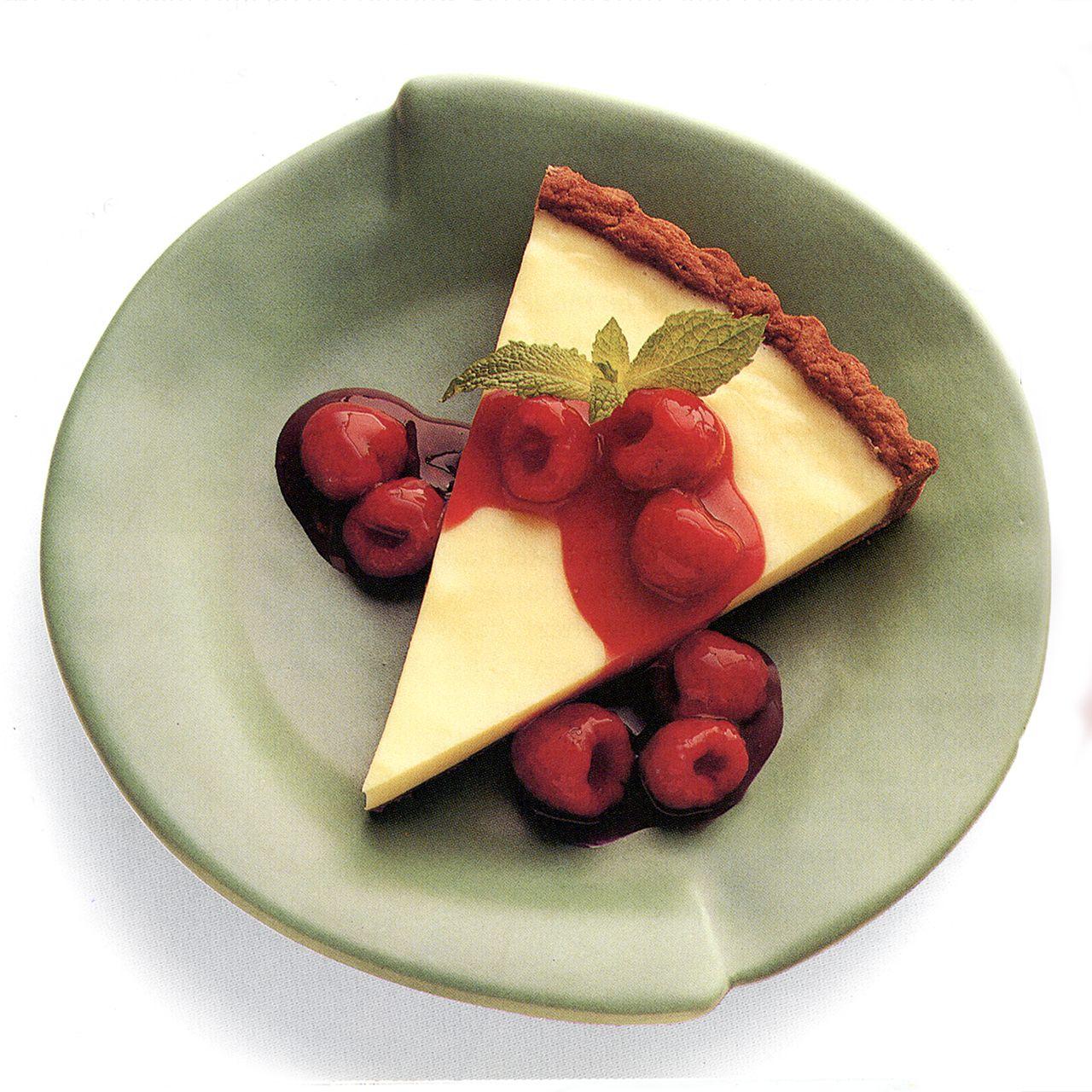 White Mousse Tart with Raspberry Sauce