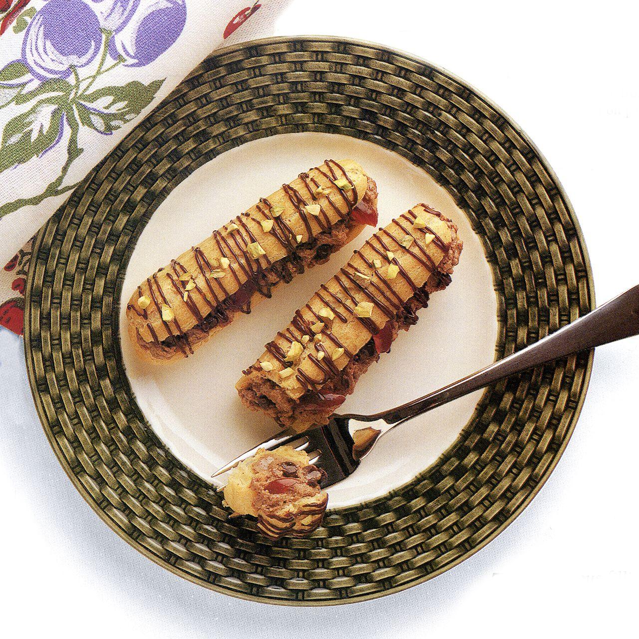 Chocolate Cannoli Eclairs