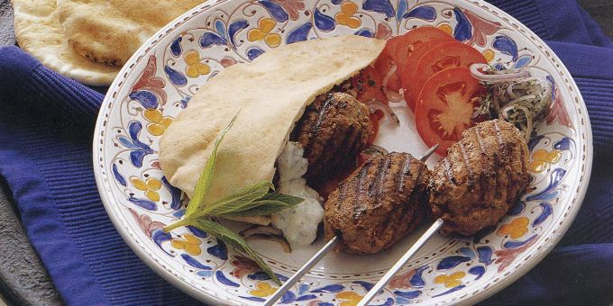Grilled Meatballs with Yogurt Sauce and Onion Salad