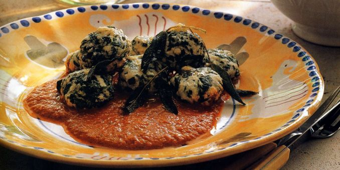 Spinach-Ricotta Dumplings with Red Pepper Sauce
