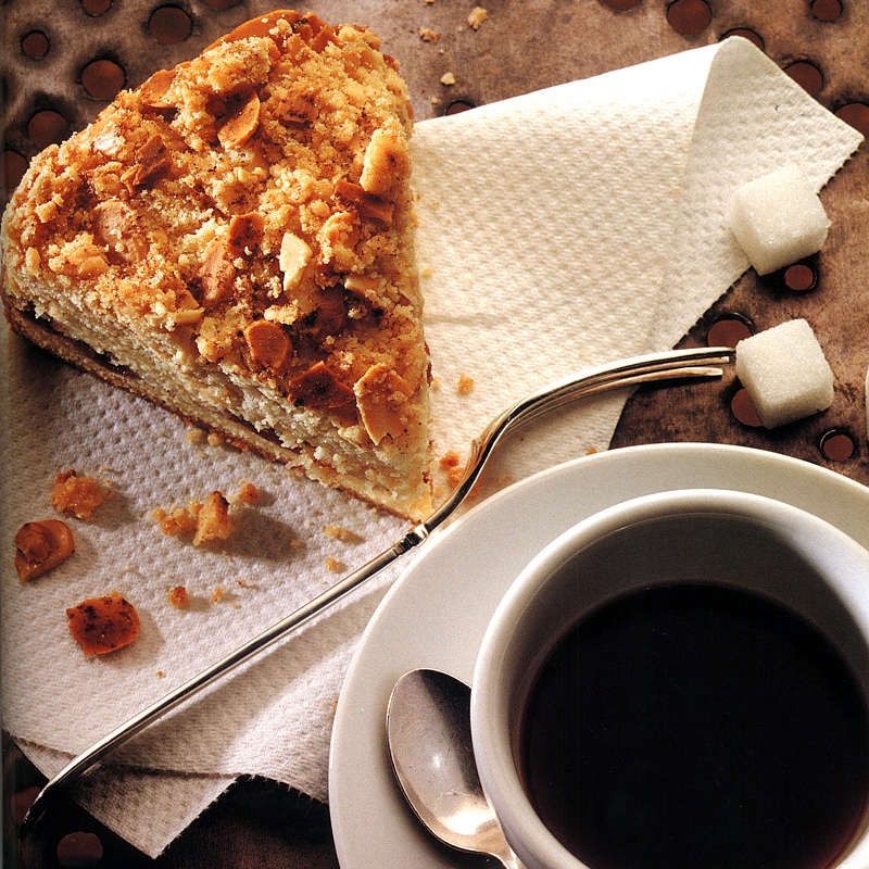 Cherry Cake with Almond Streusel
