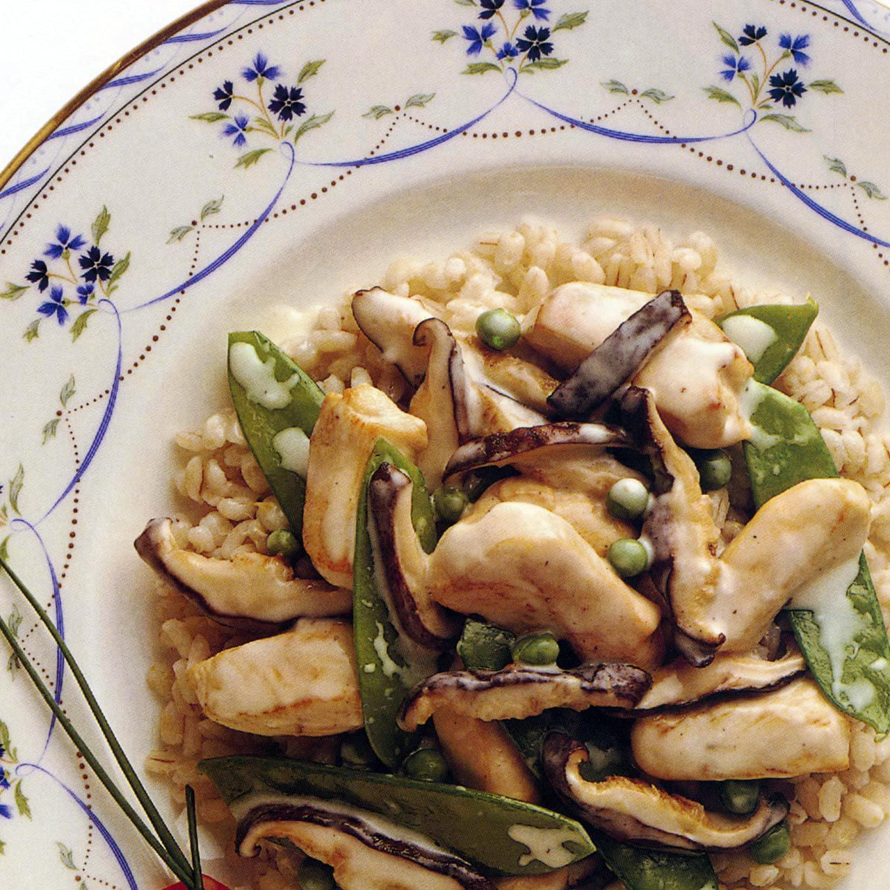 Ginger Chicken with Peas and Shiitakes