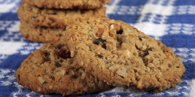 Big Oatmeal Raisin Chews