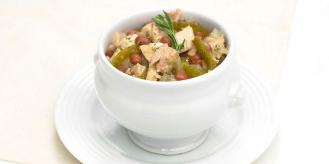 Rosemary White Chicken Chili with Roasted Poblanos
