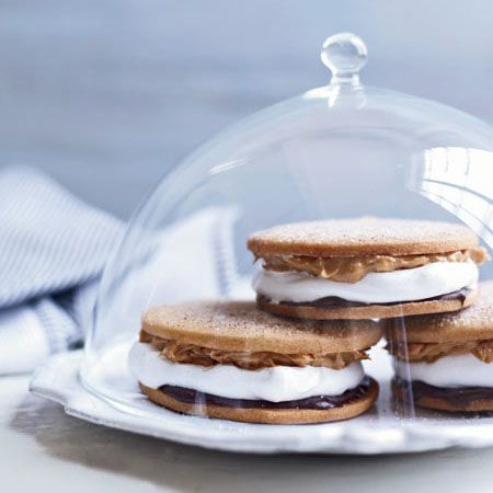 Chocolate-Peanut Butter Moon Pies