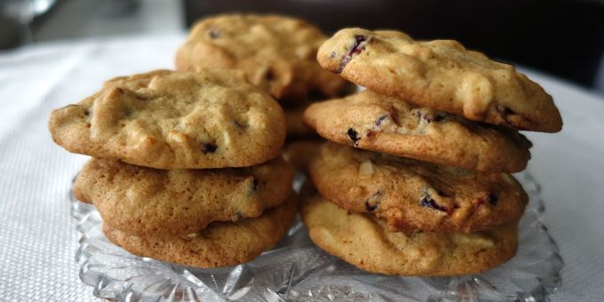 Cranberry, White Chocolate and Almond Cookies