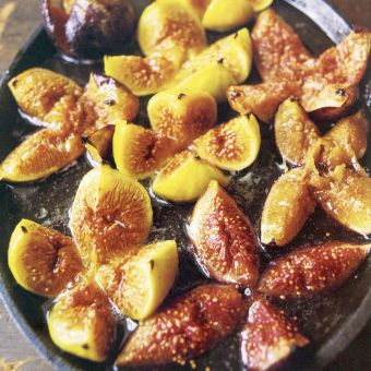Honey-Baked Figs with Ice Cream