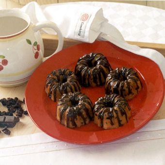 Miniature Bundt Pound Cakes