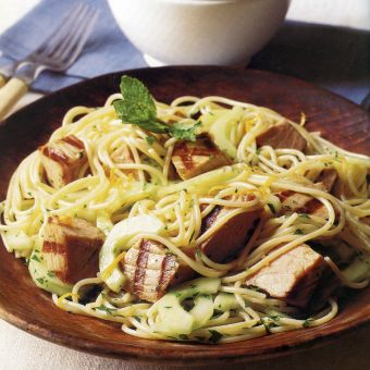 Pasta Salad with Seared Tuna and Citrus Dressing
