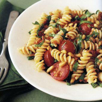 Fusilli with Spinach and Sun-Dried-Tomato Pesto