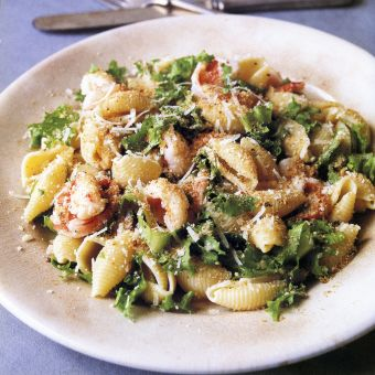 Pasta Shells with Shrimp and Garlicky Breadcrumbs
