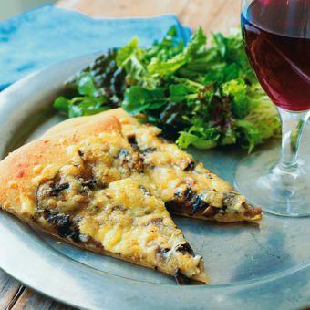 Mushroom, Zucchini and Swiss Cheese Pizza