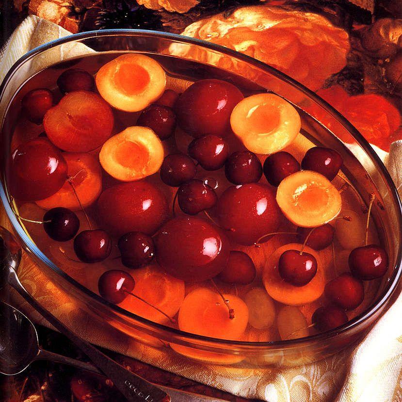 Wine Fruit Gelatin (Jelly)