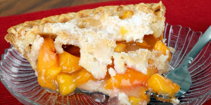 Ginger-Peach Pie