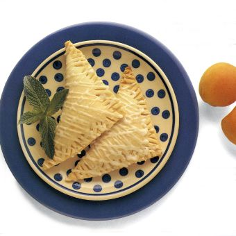 Apricot-Cream Cheese Turnovers