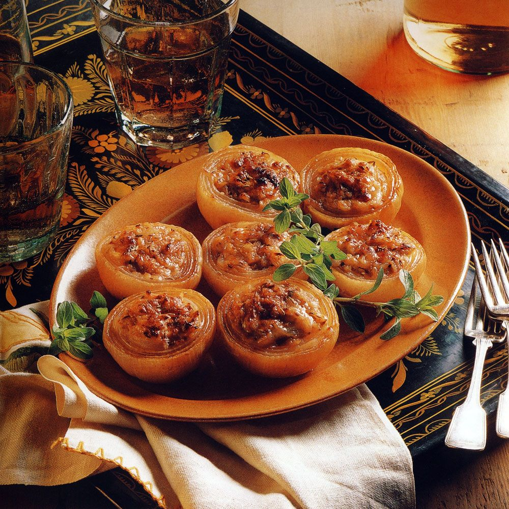 Roasted Onions Stuffed with Cheese