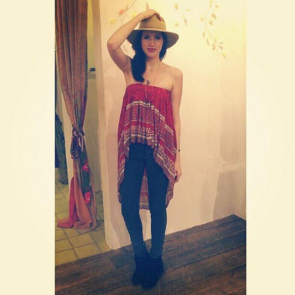 Border Print Highlow Slip Skirt style pic