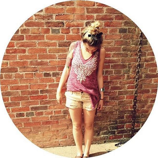 Wingspan Sleeveless Hoodie style pic