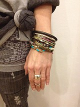 Hard Bangle Set style pic