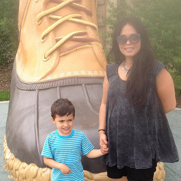 Thats Some Gigantic Shoe!
