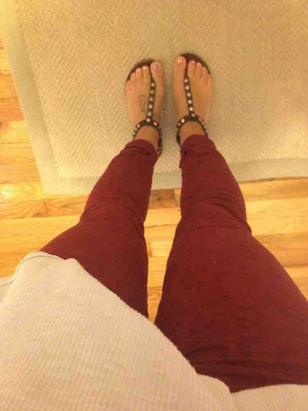 lovin my red pants!