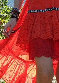 Layers-of-eyelet-in-the-Autumn-sun
