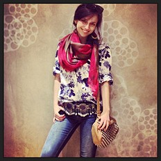 Floral Blouse style pic