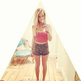 Lacey Denim Cutoff Shorts style pic
