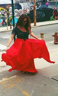 Flowly Slit Skirt style pic