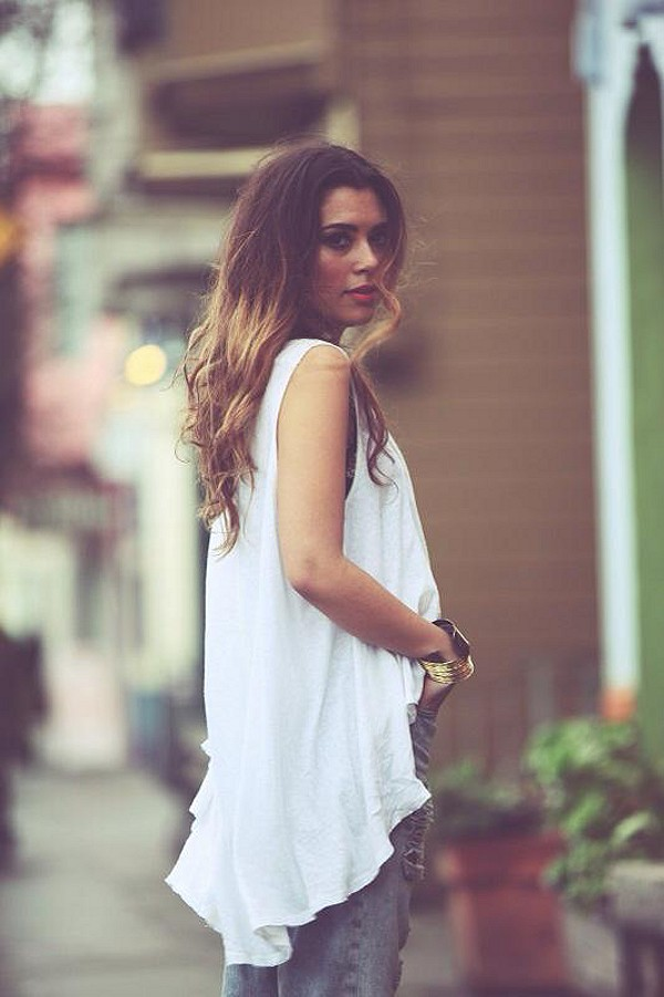 #FPLWT Everyone needs an everyday little white tee!