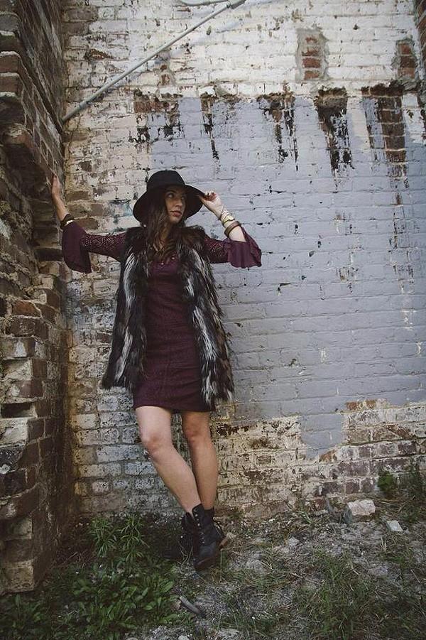 Savannah Wall Swagger