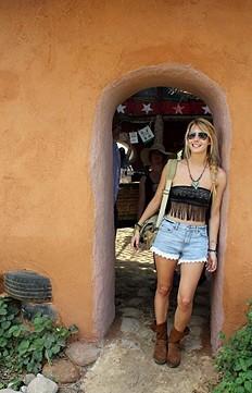Lacey Denim Cutoff Shorts style pic