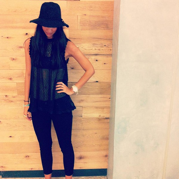 rolled crop skinny style pic.