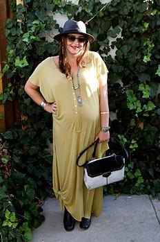 FP-Mama--8-months-pregnant-boho-maternity