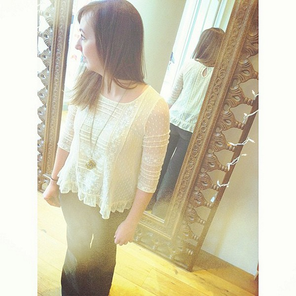 Victoria's Lace Top style pic