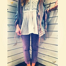 Skinny Pull On Crop style pic