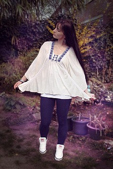 Breathless Boxy Tee style pic