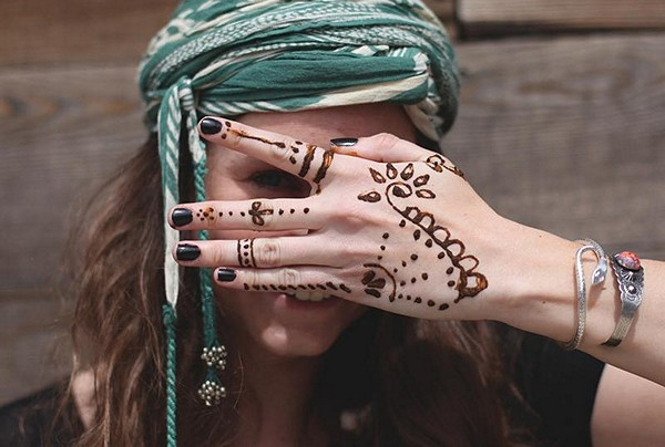 Headscarf & Henna