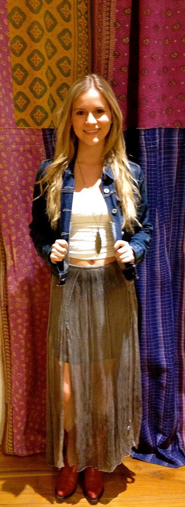 Loving this skirt for some fun festival fashion! <