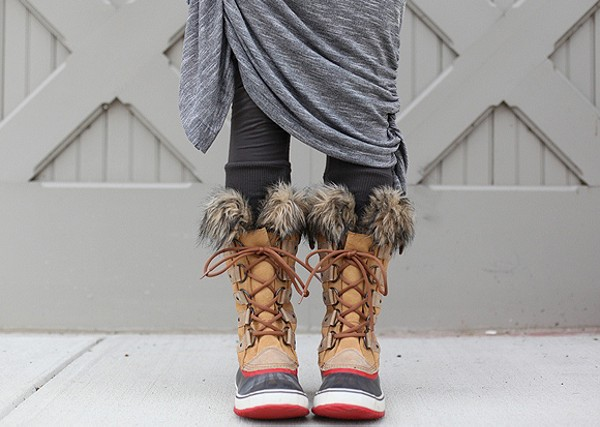 Joan of Arctic Boot style pic