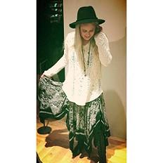 Fly Away Skirt & Cross My Heart Pullover