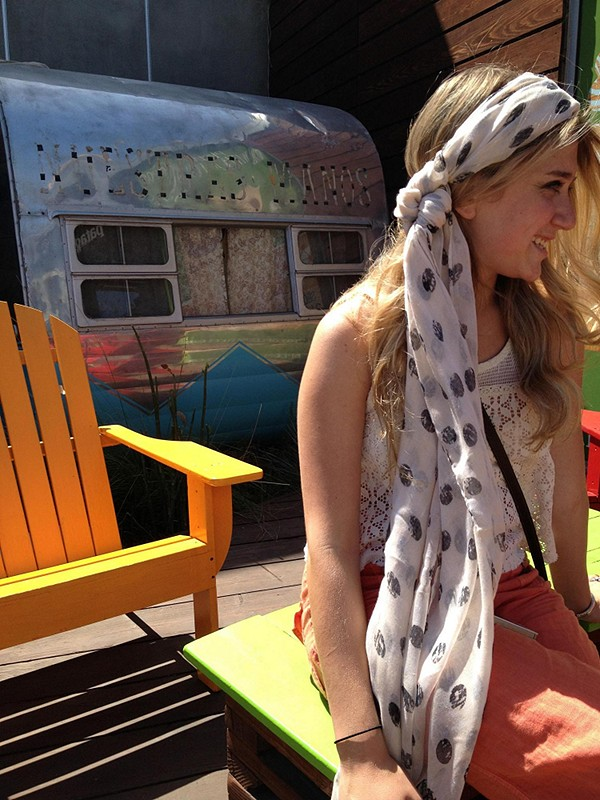 Printed Motif Scarf style pic